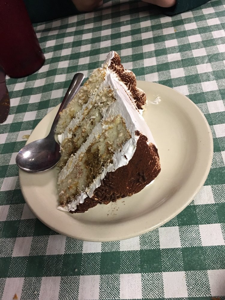 Angelo's: 128 Weisenberger Rd, Madison, MS