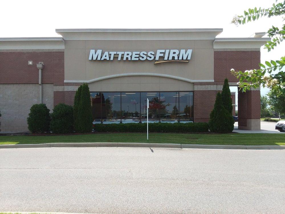 Mattress Firm Centennial Commons