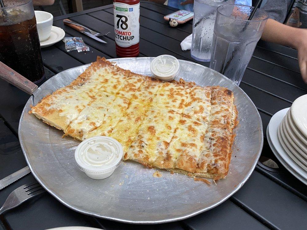 Jerry's Pub And Restaurant: 650 Egan Hwy, Brooklyn, MI