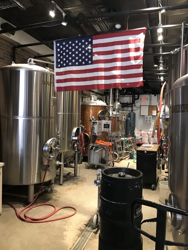 Crooked Ladder Brewing Company: 70 W Main St, Riverhead, NY