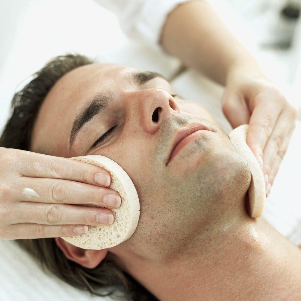 365 Organic Skin Care & ExperTeas: 318 Harvard St, Brookline, MA