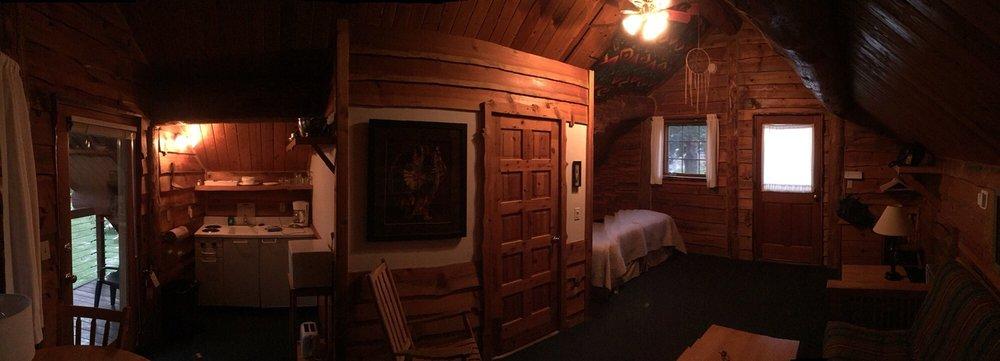 Columbia Gorge Riverside Lodge: 200 SW Cascade Ave, Stevenson, WA