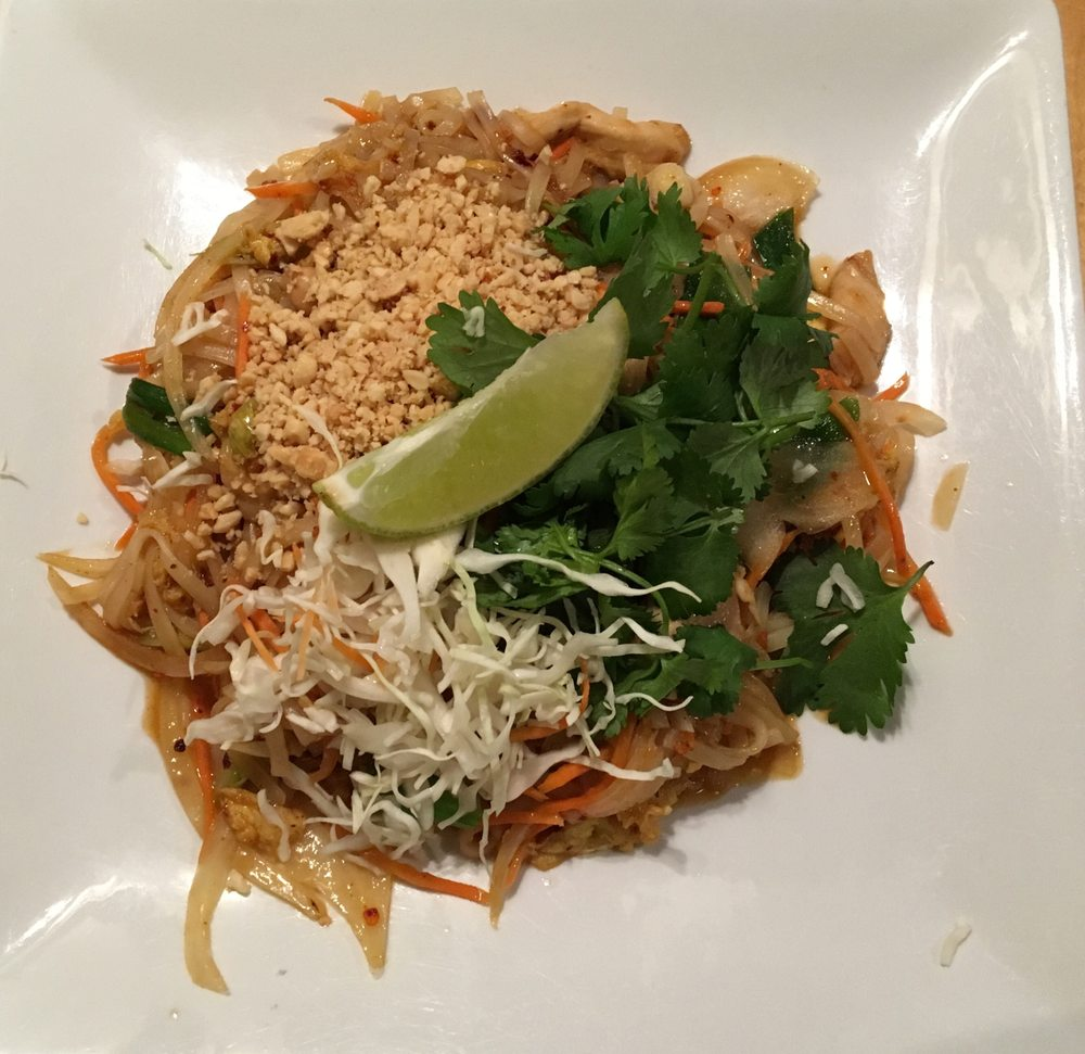 Mahli Thai Asian Cuisine: 212 N Bridge St, Chippewa Falls, WI