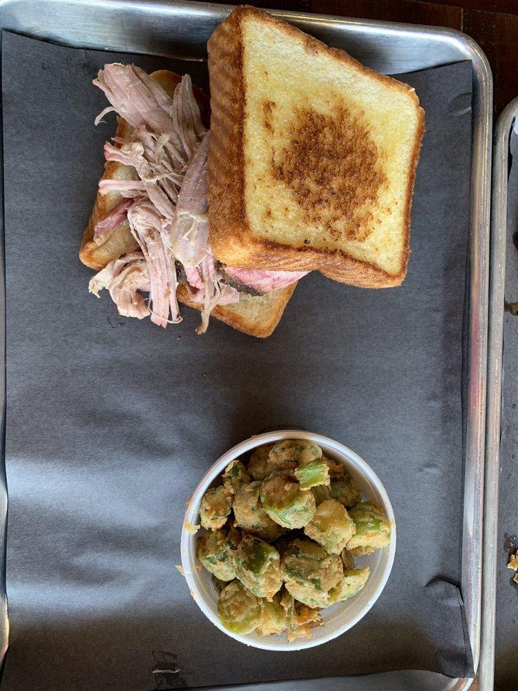 Dunc's BBQ Kitchen: 98 Jackson St, Newnan, GA
