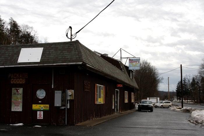 Smitty's Liquor Store: 89 US Hwy 46, Columbia, NJ