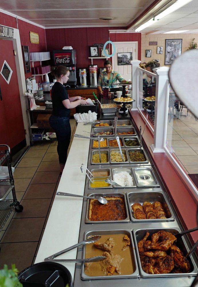 Sweet T's Restaurant: 352 Gordon St, Thomson, GA