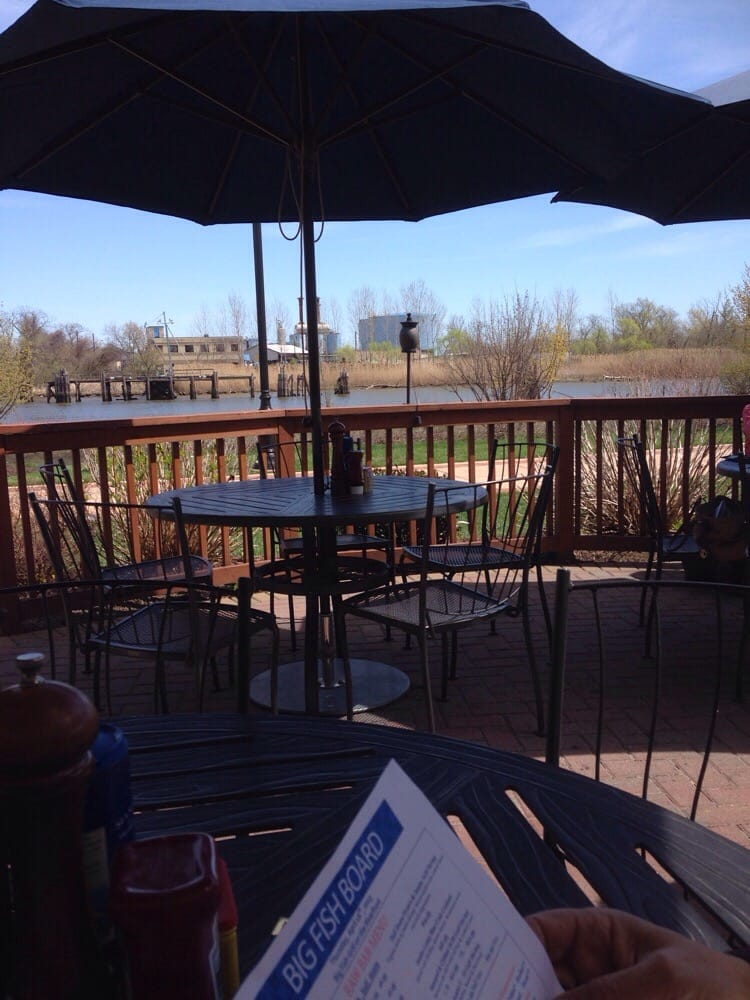 Patio yelp for Big fish grill on the riverfront wilmington de
