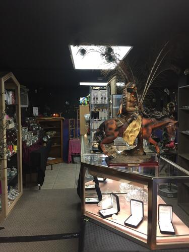 Mama L's magick and occult shop: 928 7th Ave E, Bradenton, FL
