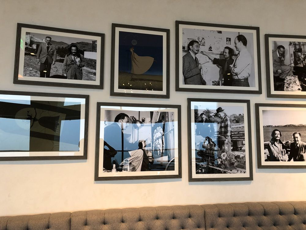 Dahlia Lounge: 1001 Buena Vista Dr, Kissimmee, FL
