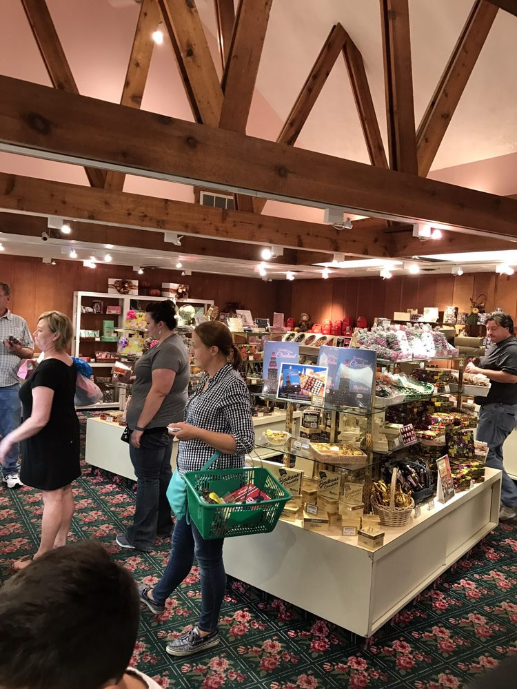 Malley's Chocolates: 549 S Chillicothe Rd, Aurora, OH