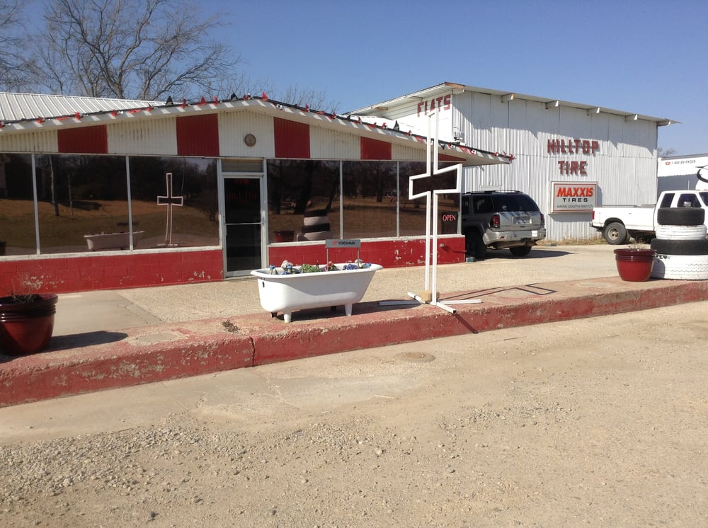 Hilltop Tire Service: 618 W Wise St, Bowie, TX