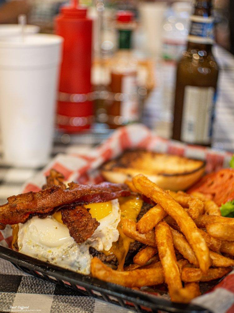 Biff Buzby's Burgers: 12702 Toepperwein Rd, Live Oak, TX