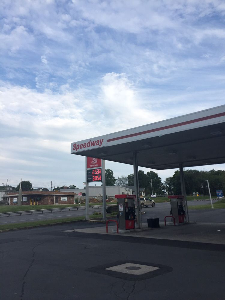 Speedway: 520 S Lehigh Ave, Frackville, PA