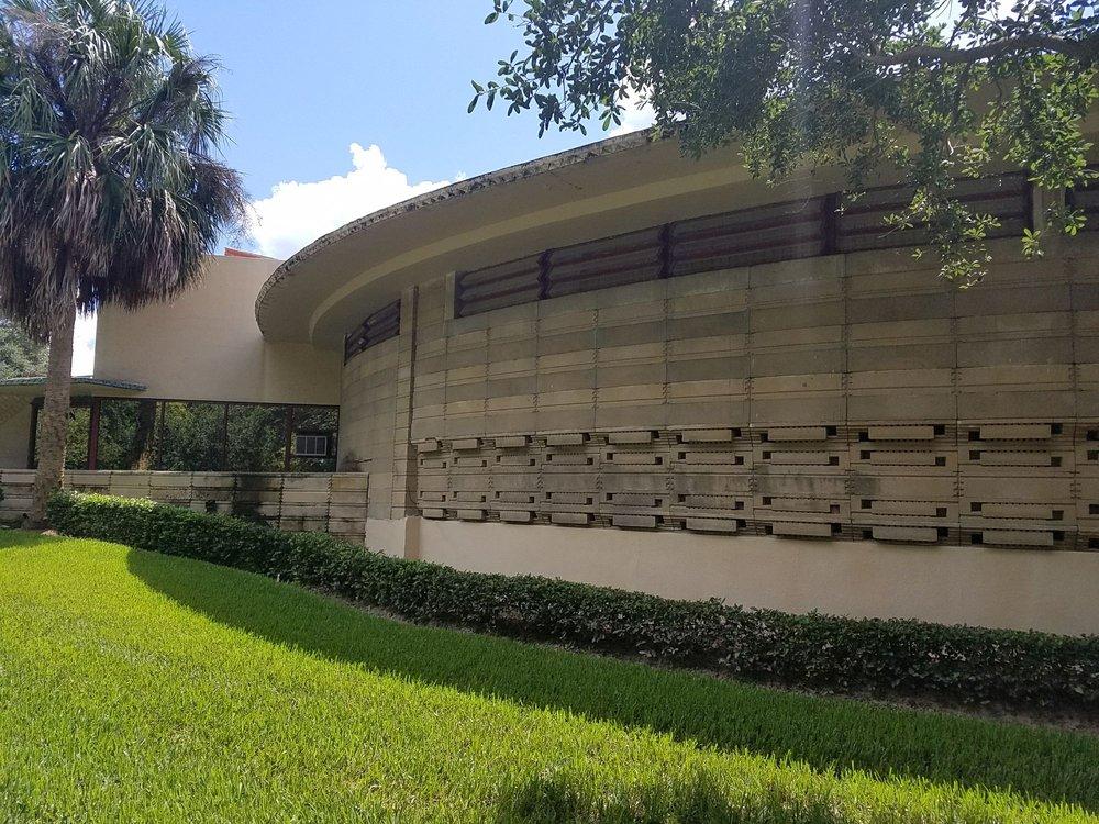 Frank Lloyd Wright: 750 Frank Lloyd Wright Way, Lakeland, FL