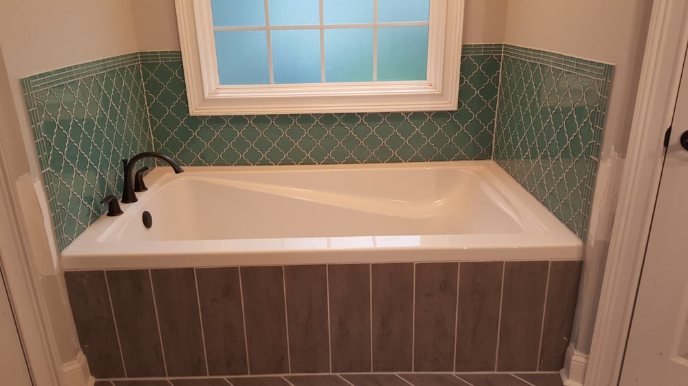 Bathroom Remodel Glass Tile bathroom remodel: select glass tile border (teal) bordering glass