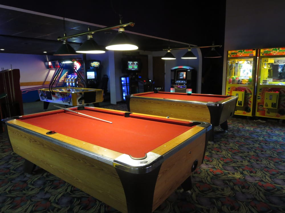 Pool Tables And Arcade Room Yelp - How high is a pool table