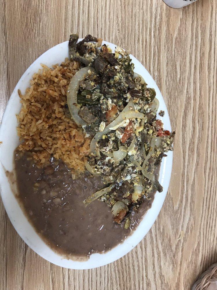 Taqueria Michoacan: 2200 N State St, Ukiah, CA