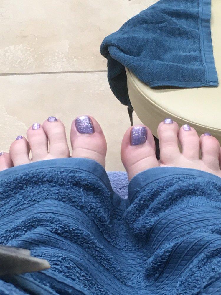 Magic Nails: 4321 Telegraph Rd, Saint Louis, MO