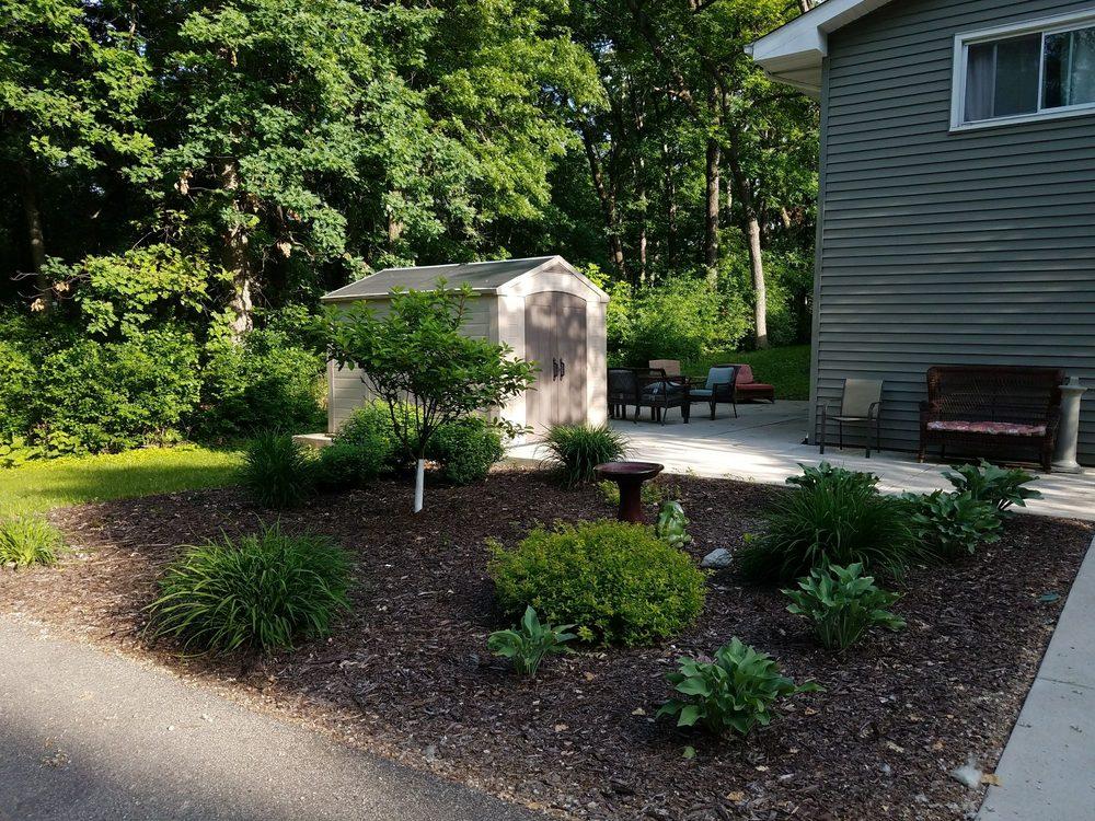 The Lodge On Summit Oaks: 1412 Summit Oaks Dr, Burnsville, MN