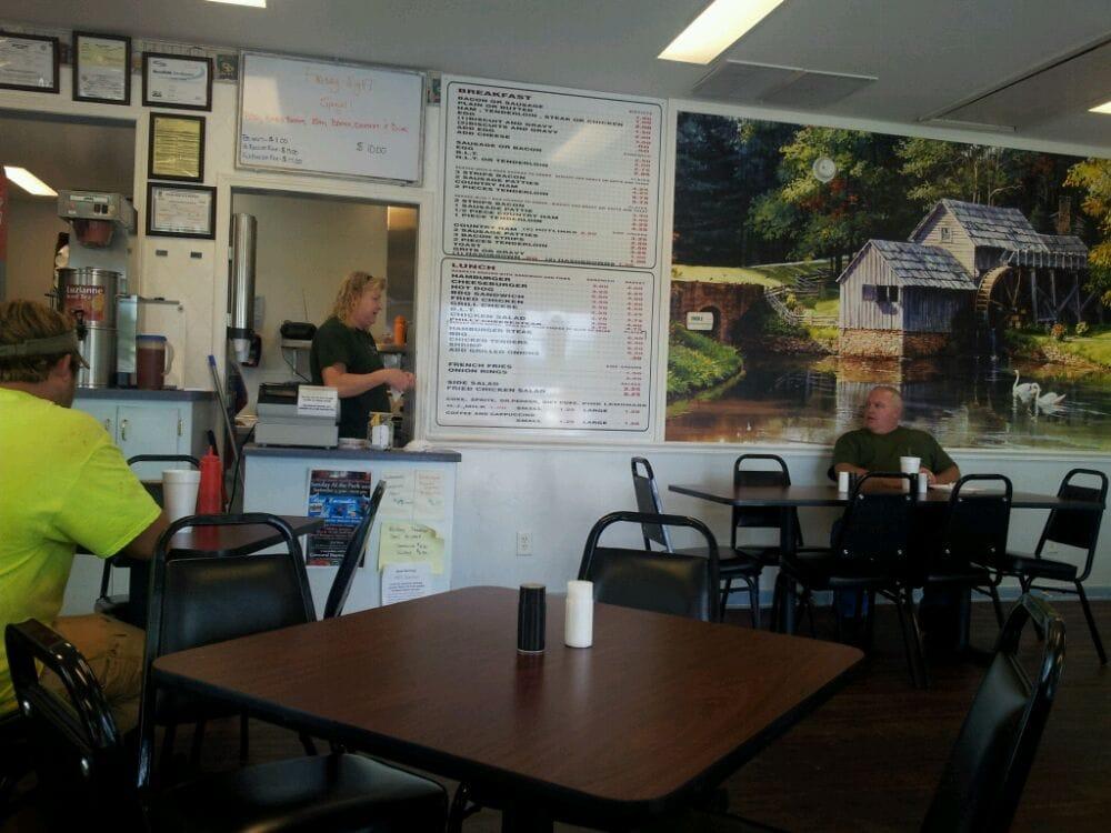 Weezies Kitchen: 4147 Cleveland Hwy, Gainesville, GA
