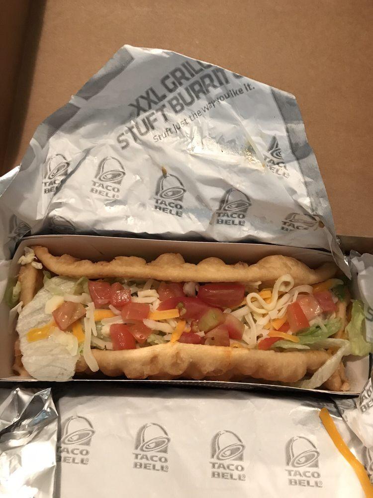 Taco Bell: 1319 East Hackberry Street, Salem, IN