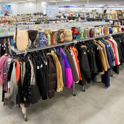 Thrift Stores Idaho Falls >> Goodwill 17 Photos Thrift Stores 540 East 17th St