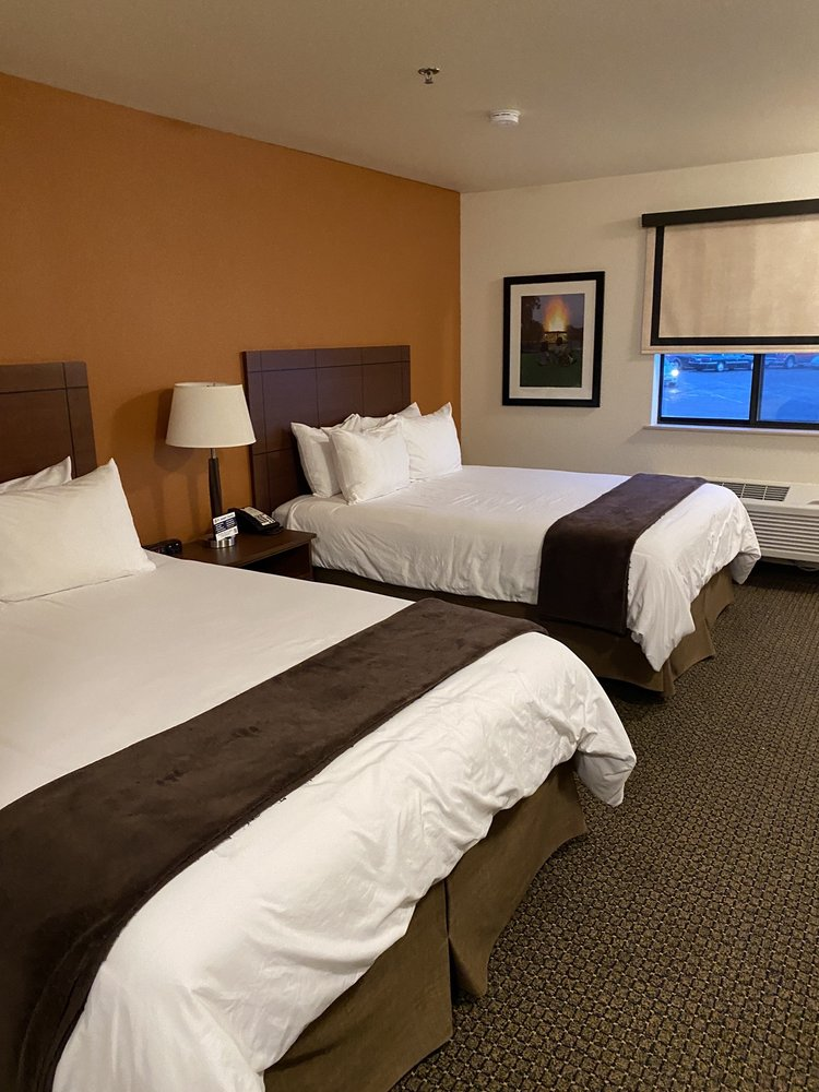 My Place Hotels: 200 E 31st St, Hastings, NE