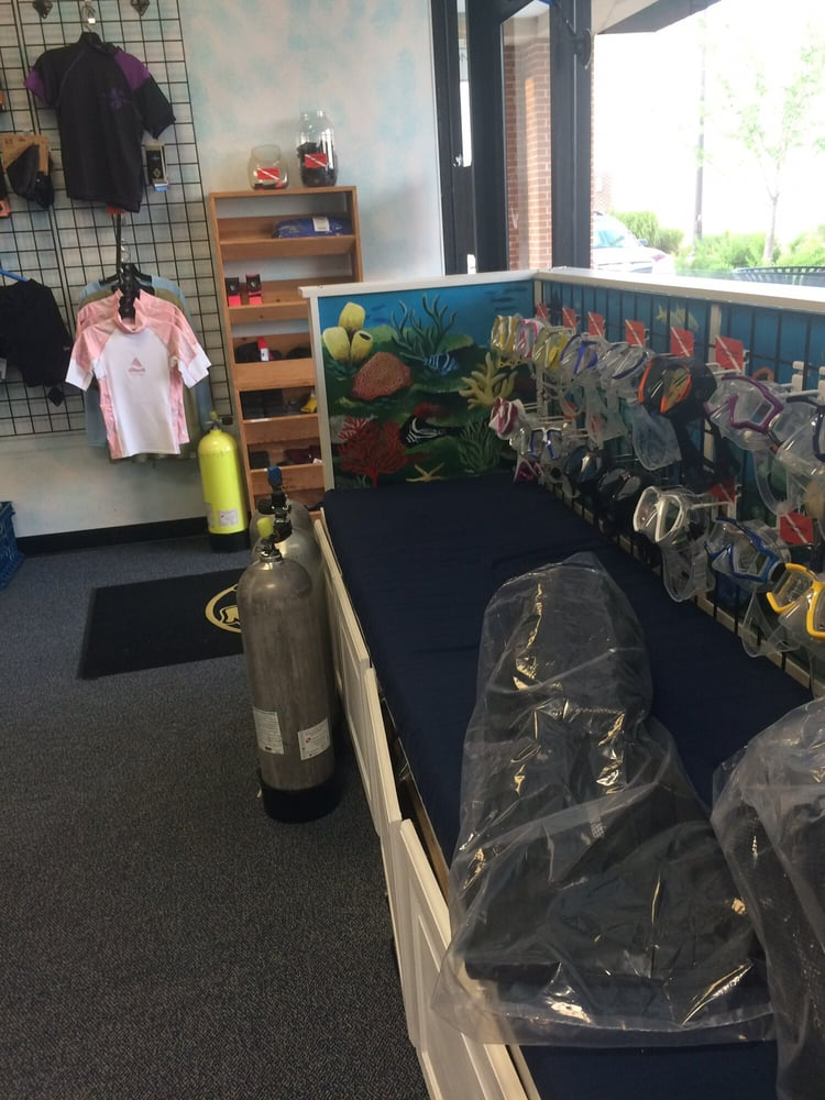 Aquatic Adventures: 7700B Richmond Hwy, Alexandria, VA