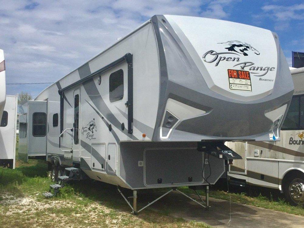 Stewart's Mobile Village: 1116 US Hwy 27 S, Avon Park, FL