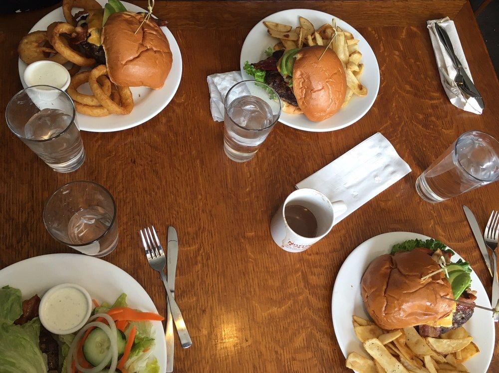 Nottinghams Restaurant & Tavern