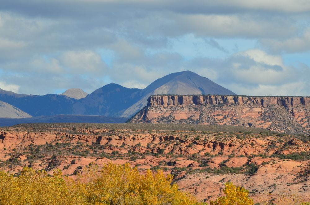 A Creekside Retreat: 2725 Old City Park Rd, Moab, UT