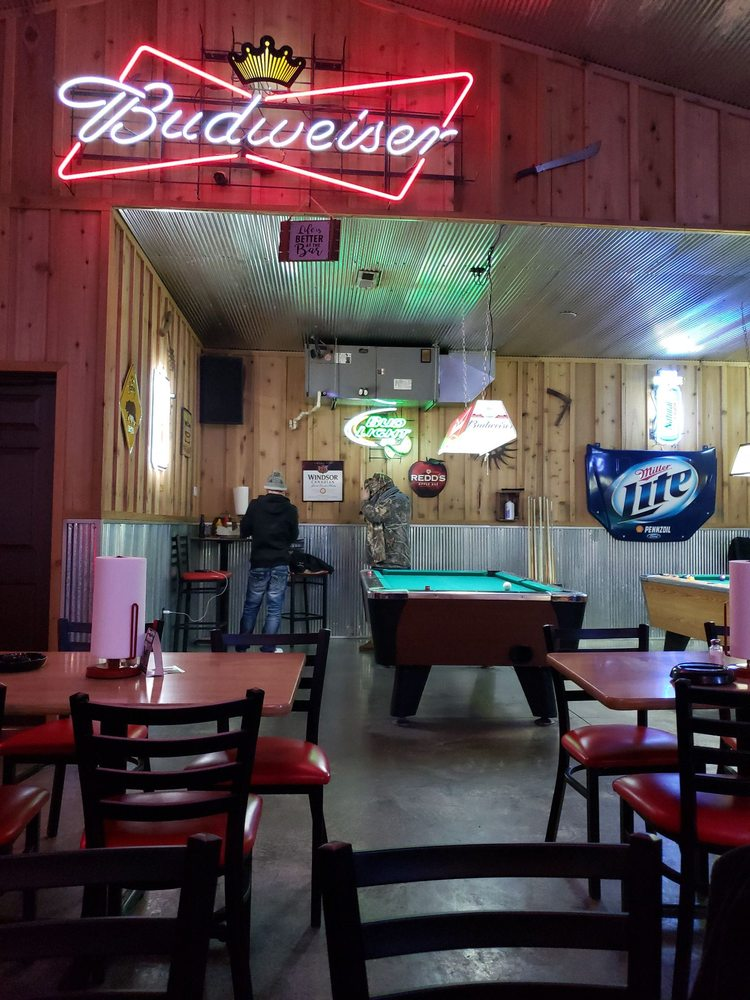 Cut-Ups Bar & Grill: 1450 E Mt Gilead Rd, Bolivar, MO