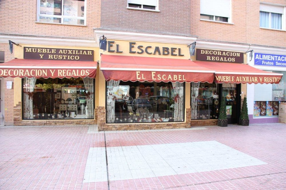 El escabel tiendas de muebles calle rio odiel 13 for Telefono registro bienes muebles madrid