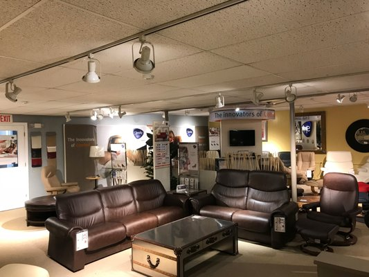 Allen Wayside Furniture Superstore 3611 Lafayette Rd Portsmouth, NH  Furniture Stores   MapQuest