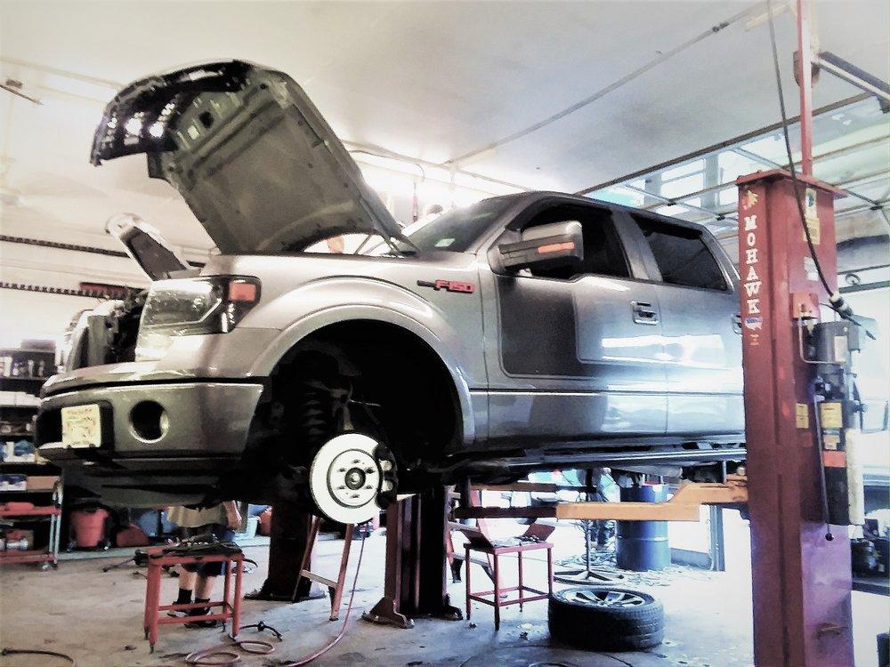 Sussex County Auto Repair Shop: 348 Rt 206, Branchville, NJ