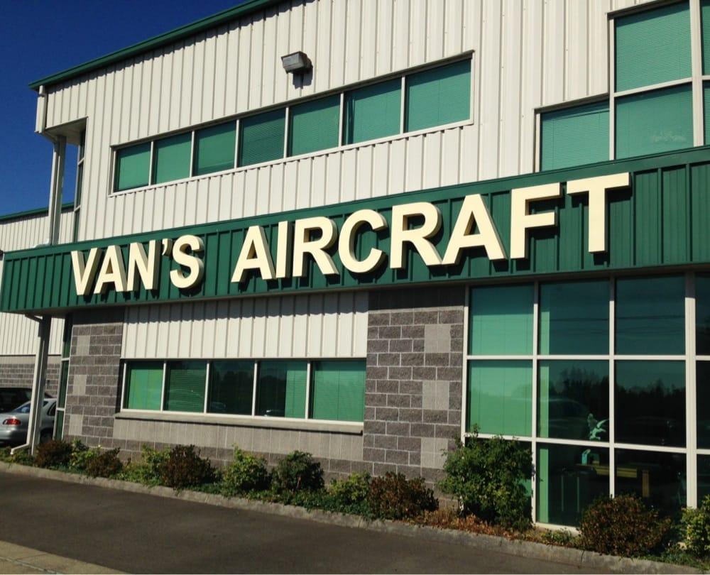 Van's Aircraft: 14401 Keil Rd NE, Aurora, OR