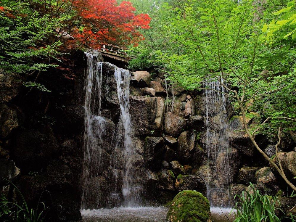 Anderson Japanese Gardens: 318 Spring Creek Rd, Rockford, IL