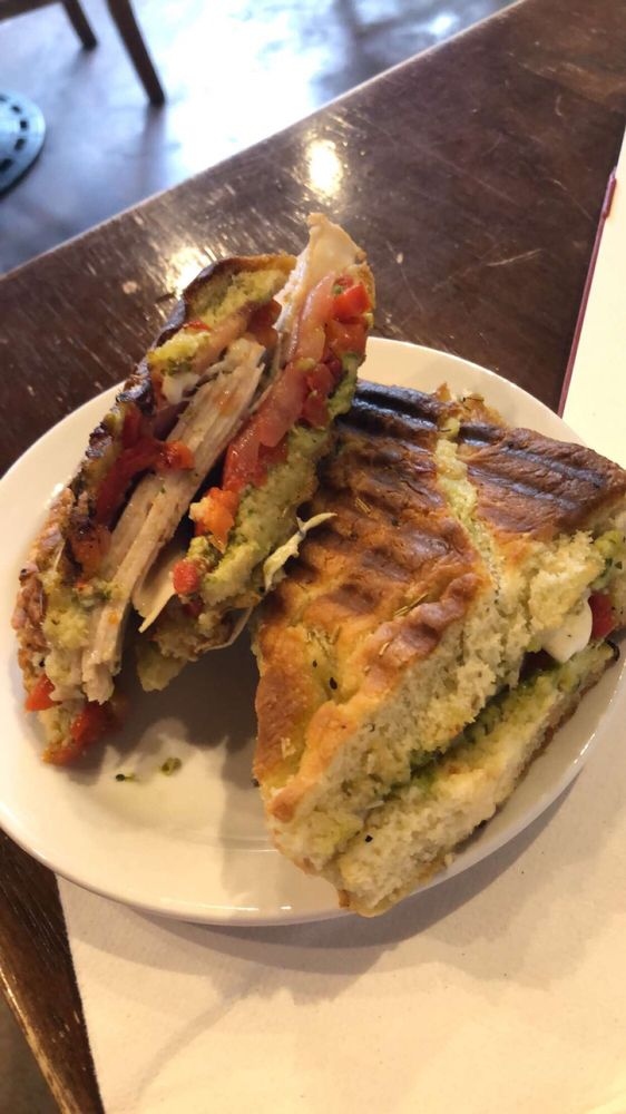 Cafe Moro: 100A E Main St, Pullman, WA