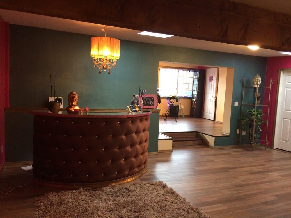 Rouge Beauty Bar: 105 S Granite Ave, Granite Falls, WA