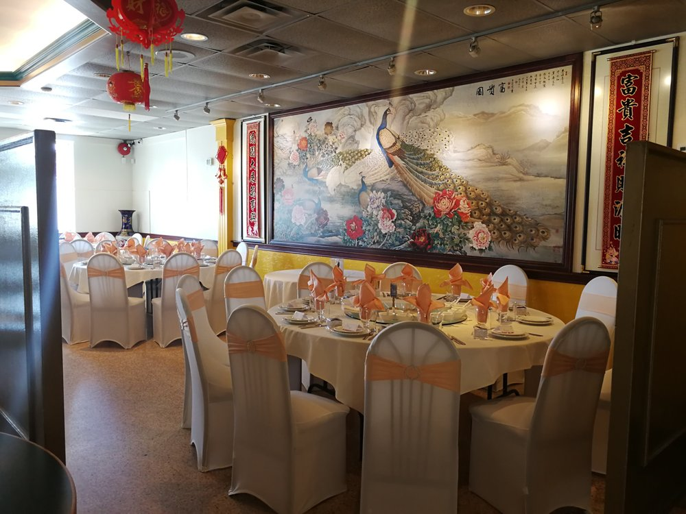 Jade Chinese Cuisine: 157 Wyandotte Street W, Windsor, ON
