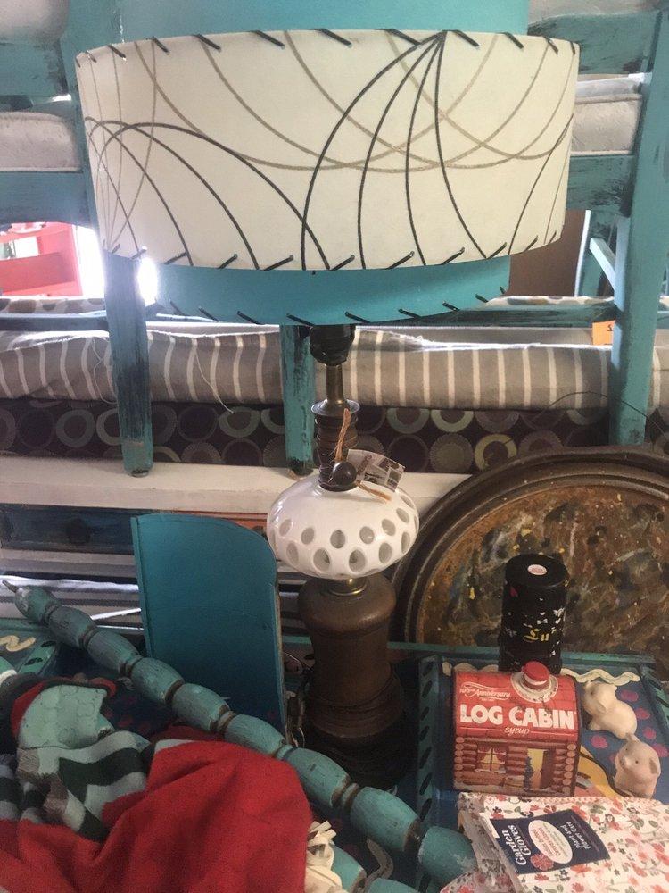 Vintage Sunshine Shop: 1868 Drew St, Clearwater, FL