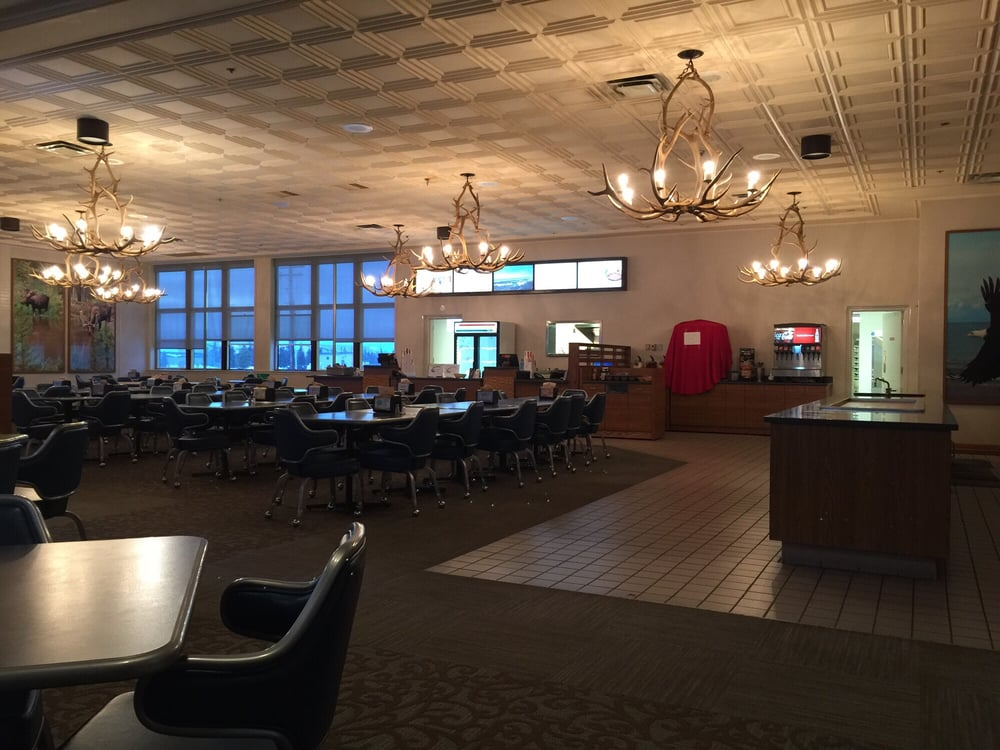 Bonfire Grille and Restaurant: 2450 Central Ave, Eielson AFB, AK