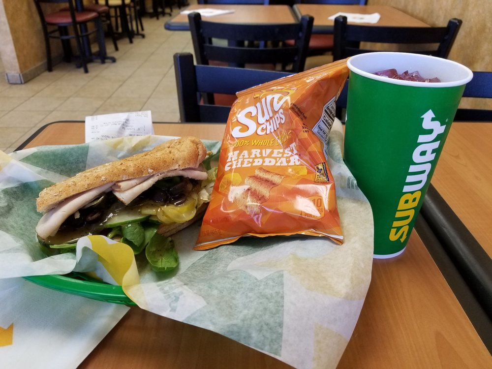 Subway: 120 Dorman Centre Dr, Spartanburg, SC