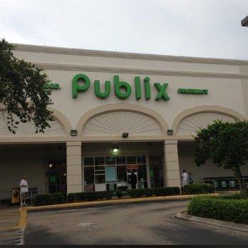Crossroads Shopping Center Naples Florida
