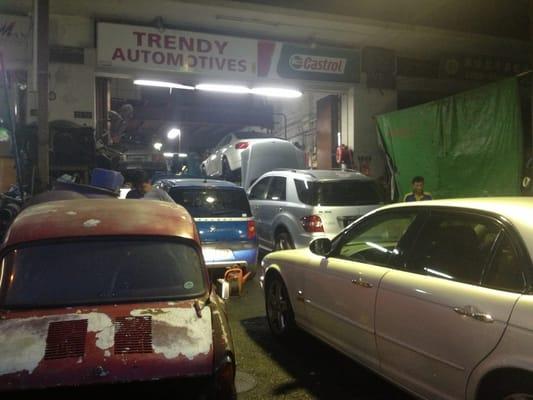 Verrassend Trendy Auto - Garages - 11 Sin Ming Industrial Est Sector B DG-45