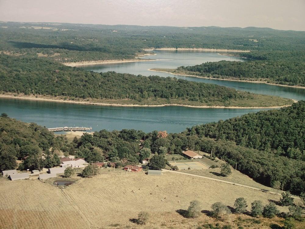 Turkey Creek Ranch: 1389 County Road 634, Theodosia, MO