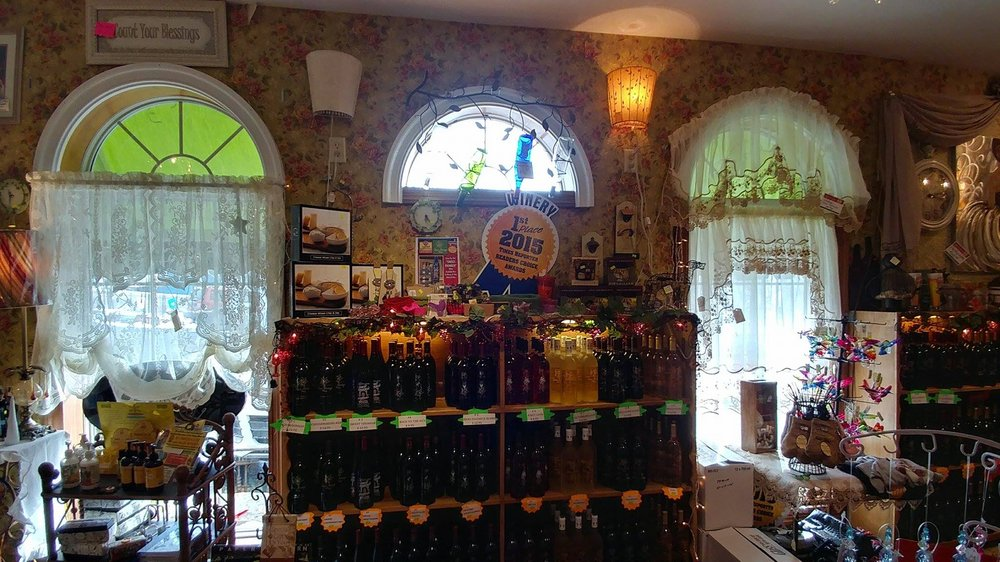 Swiss Heritage Winery: 6011 Old Route 39 NW, Dover, OH