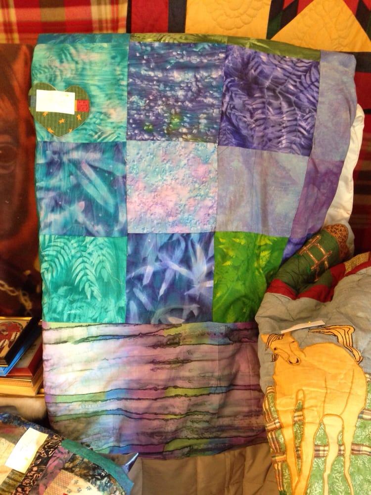 Sue Brown Custom Quilts: 14203 Main St, Amador City, CA