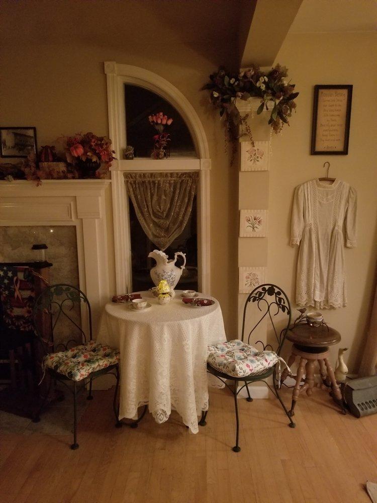 Craft and Tea With You and Me: 212 Kurt Dr, Nazareth, PA