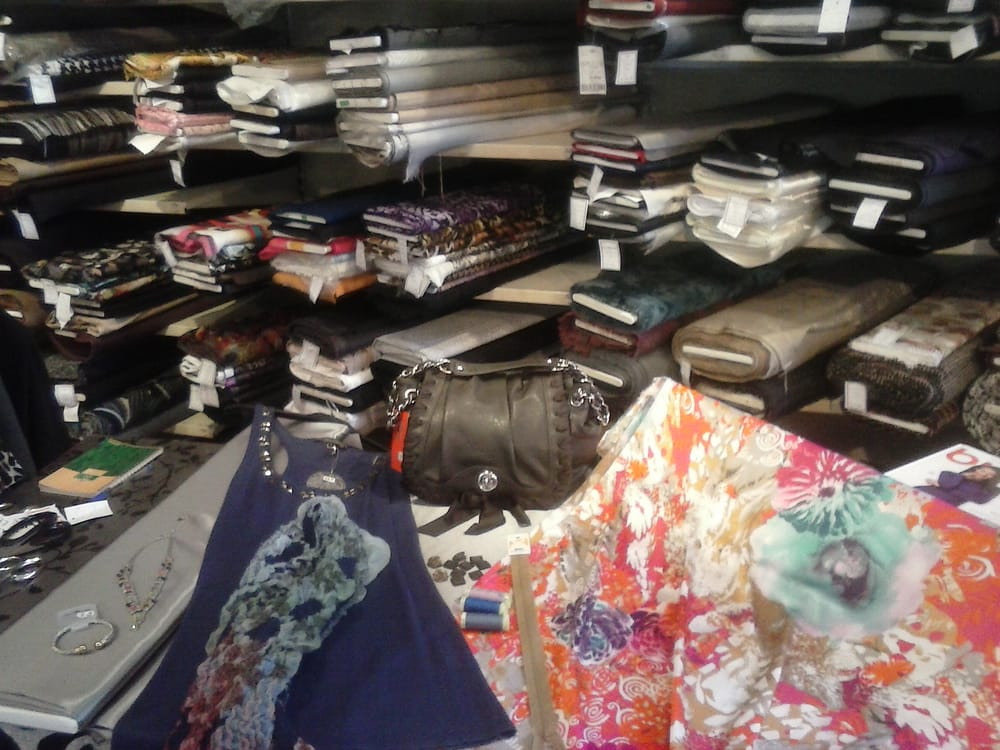 tissus midinette lojas de tecido 50 bd joseph garnier nice fran a n mero de telefone yelp. Black Bedroom Furniture Sets. Home Design Ideas